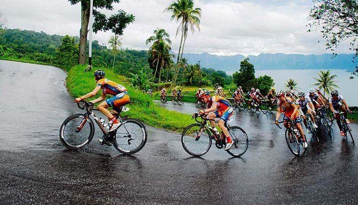 Tour de Singkarak httpsmedialicdncommprmprAAEAAQAAAAAAAALnAA
