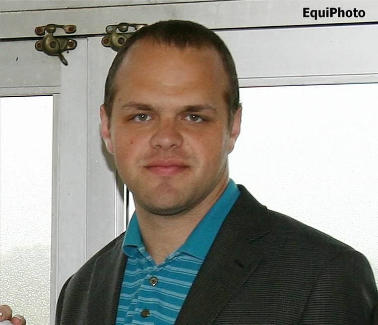 Travis Stone Travis Stone Hired as NYRA BackUp Announcer Horse Racing News