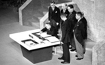Treaty of San Francisco httpsuploadwikimediaorgwikipediacommonsee