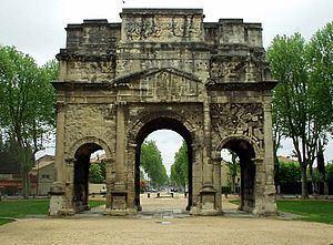 Triumphal Arch of Orange httpsuploadwikimediaorgwikipediacommonsthu