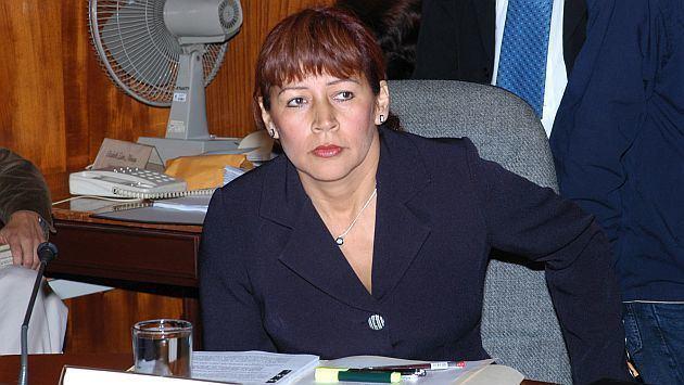 Tula Benites Congreso Indignacin ante demanda de Tula Benites para