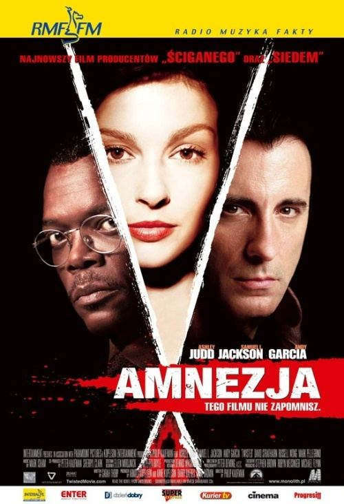 Twisted (2004 film) Amnezja 2004 Filmweb