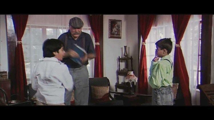Two Little Indians movie scenes Ye Bachpan ye bachpan new promo movie 2 LITTLE INDIANS