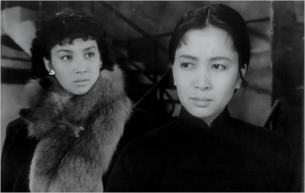 Two Stage Sisters Xie Jins 1965 Two Stage Sisters Reappears in China Film Series