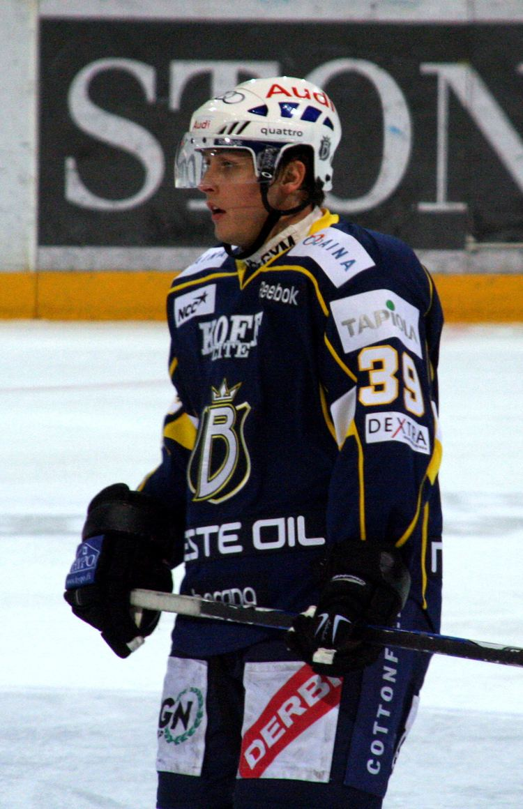 Tyler Arnason FileTyler Arnason Espoo Bluesjpg Wikimedia Commons