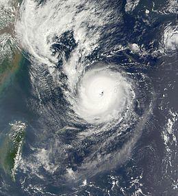 Typhoon Nari (2001) httpsuploadwikimediaorgwikipediacommonsthu