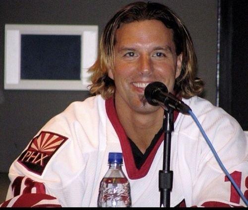 Tyson Nash tyson nash Coyotes hockey playerNHL Sports Pinterest