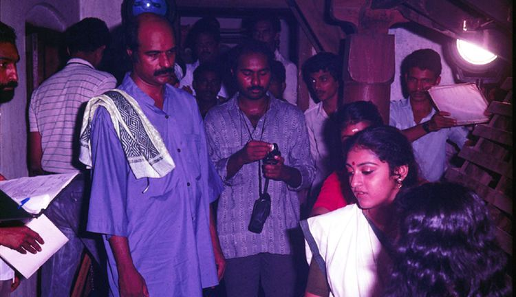 Ulsavapittennu Ulsavappittennu 1988 Bharat Gopy