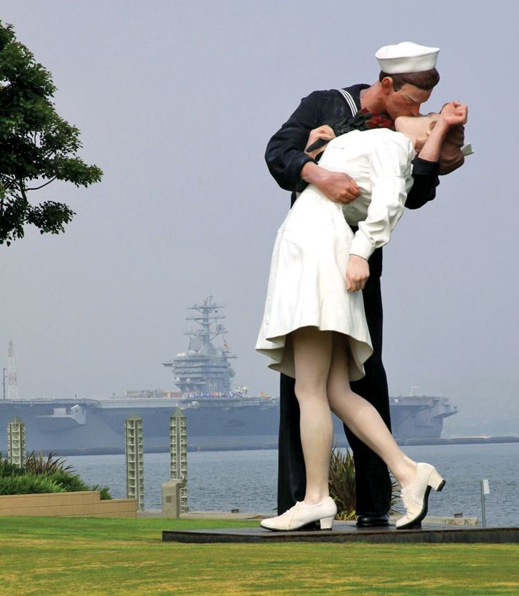 Unconditional surrender Hello Sailor or Unconditional Surrender