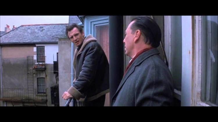 Under Suspicion (1991 film) Under Suspicion 1991 Frank finds the murder weapon YouTube