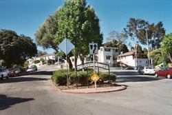 University Hills, Los Angeles httpsuploadwikimediaorgwikipediacommonsthu