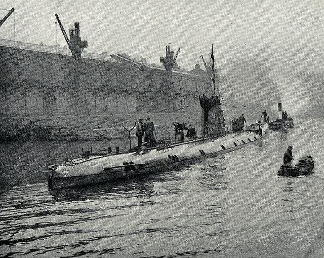 Unrestricted submarine warfare Germany Announces Unrestricted Submarine Warfare AlllenAll