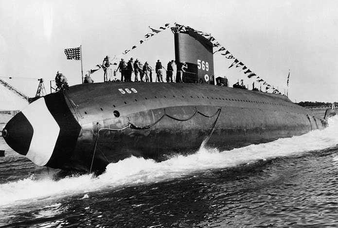 Unrestricted submarine warfare Unrestricted submarine warfare is a type of naval warfare in which