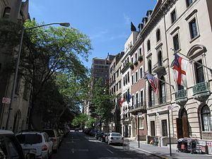 Upper East Side httpsuploadwikimediaorgwikipediacommonsthu