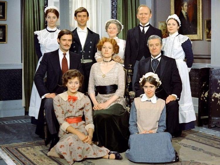 Upstairs, Downstairs (1971 TV series) Upstairs Downstairs ITV 19711975 Gordon Jackson Jean Marsh