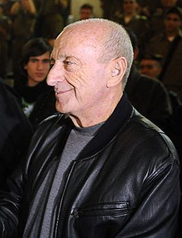 Uri Sagi httpsuploadwikimediaorgwikipediacommonsthu