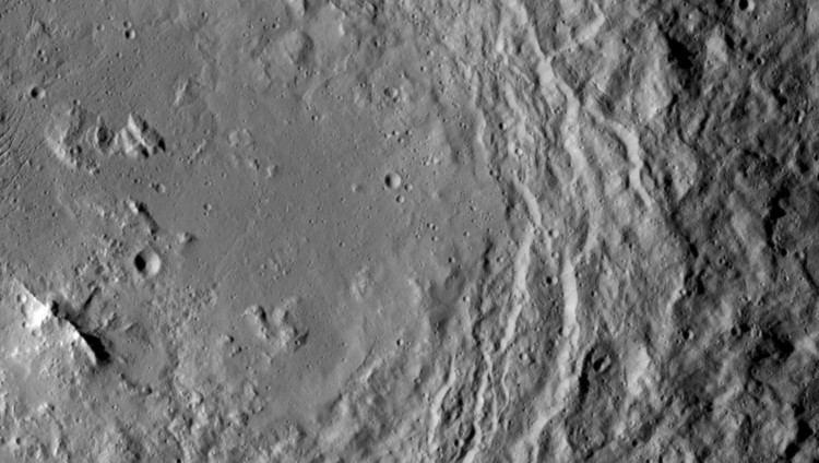 Urvara (crater) wwwjplnasagovspaceimagesimageslargesizePIA1