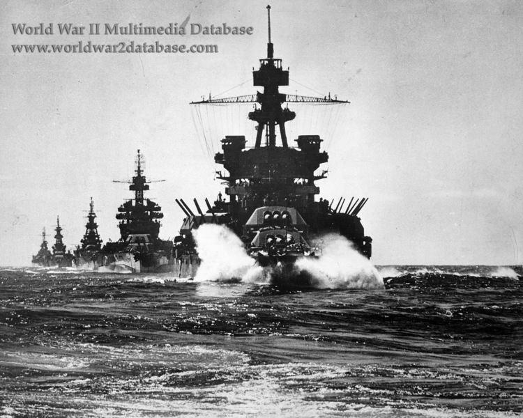 USS Pennsylvania (BB-38) USS Pennsylvania BB38 Leads Task Group 772 into Lingayen Gulf