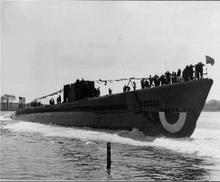 USS Sea Robin (SS-407) Submarine Photo Index