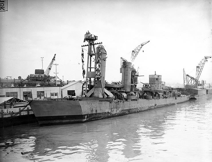 USS Shaw (DD-373) httpsuploadwikimediaorgwikipediacommons00