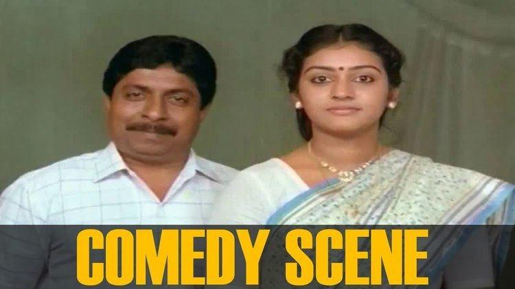 Vadakkunokkiyantram Sreenivasan Parvathi and Mammukoya Comedy Scene