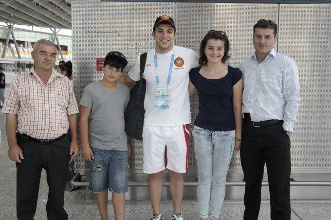 Vahan Mkhitaryan Armenia delegation leaves for China PHOTOS NEWSam Sport All
