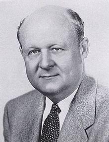 Val Peterson httpsuploadwikimediaorgwikipediacommonsthu