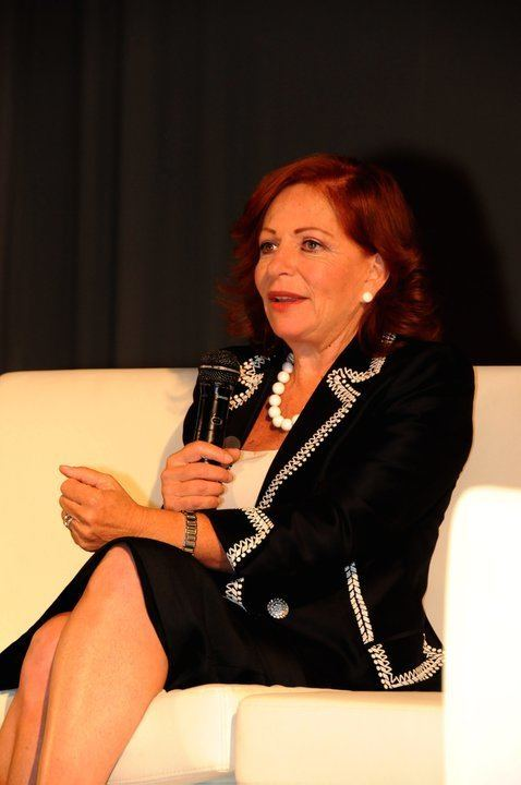 Valentina Alazraki ENTREVISTA A VALENTINA ALAZRAKI I PARTE Grandeza y Dignidad