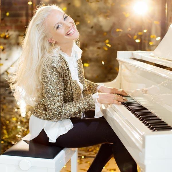 Valentina Babor Valentina Babor offizielle Website Das Album Piano