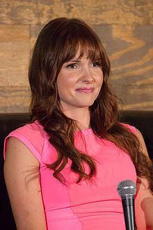 Valerie Azlynn httpsuploadwikimediaorgwikipediacommonsthu