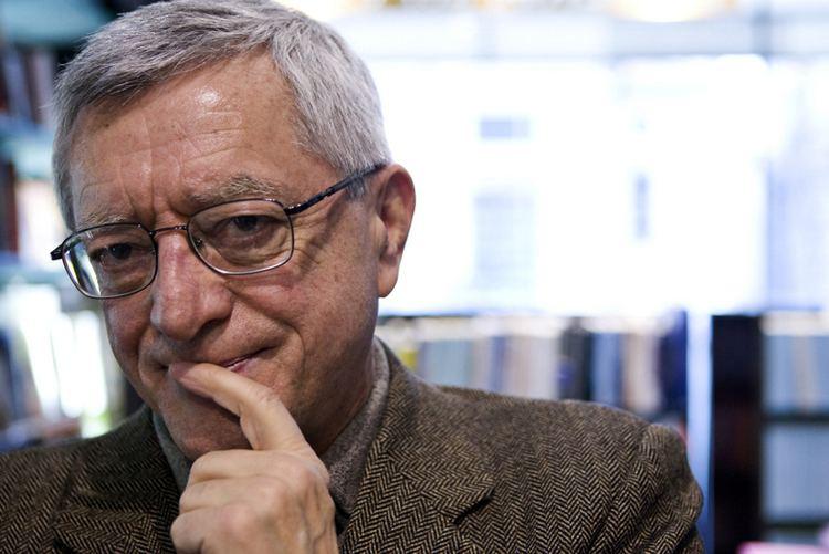 Valerio Bianchini httpsuploadwikimediaorgwikipediacommons88