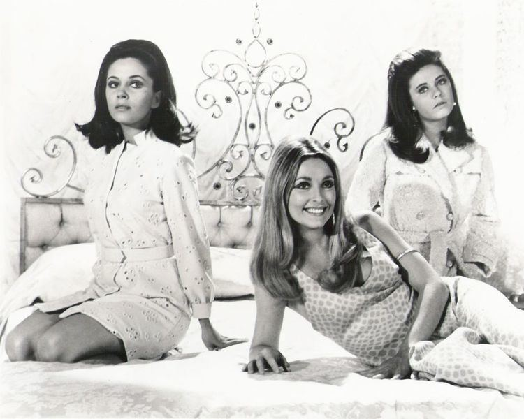 Valley of the Dolls (film) Valley of the Dolls 1967
