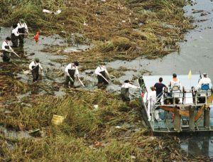 ValuJet Flight 592 OnThisDay in 1996 ValuJet Flight 592 crashes into the Everglades