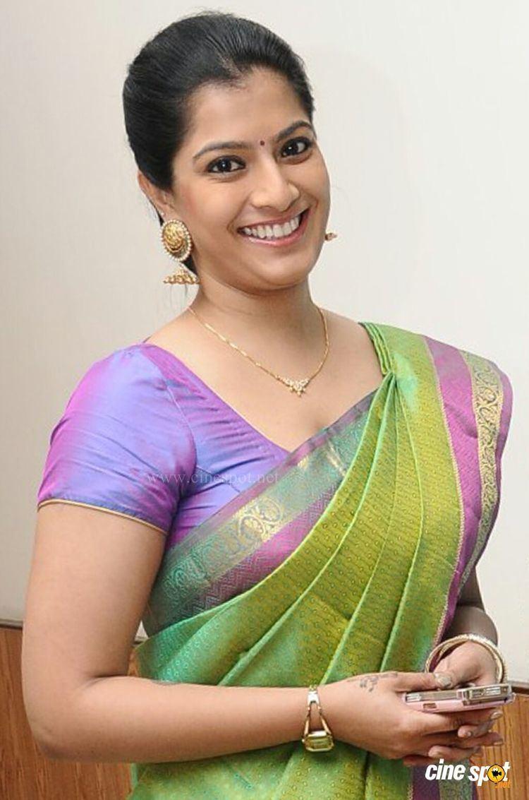 Varalaxmi Sarathkumar VaralakshmiSarathkumarNewGallery3jpg