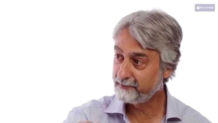 Vasant Dhar Should You Trust Your Money to a Robot Profs Vasant Dhar Scott
