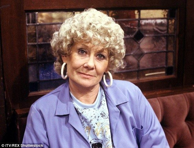 Vera Duckworth Former Coronation Street star Liz Dawn comes out of retirement for