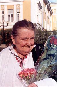 Vera Rich httpsuploadwikimediaorgwikipediacommonsthu