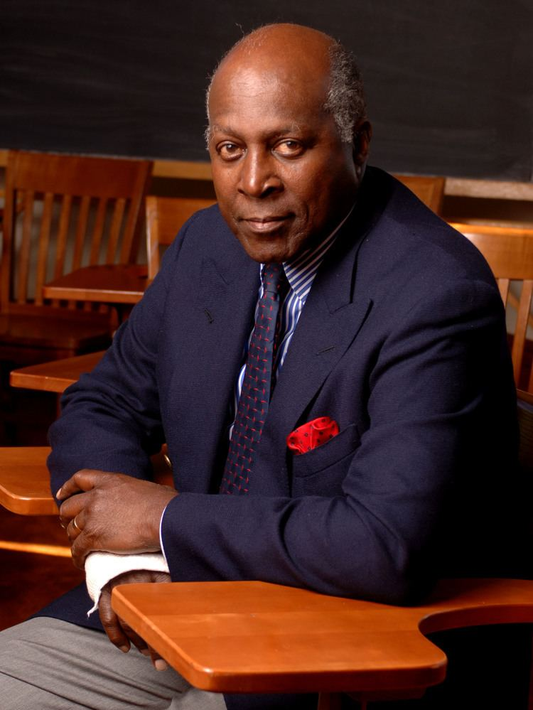 Vernon Jordan Vernon Jordan Biography Vernon Jordan39s Famous Quotes