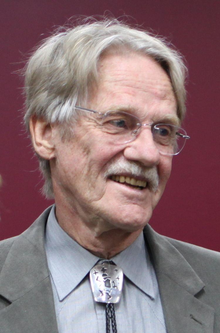 Vernon L. Smith httpsuploadwikimediaorgwikipediacommons99
