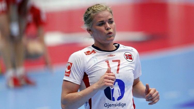 Veronica Kristiansen Blir i Glassverket NRK Buskerud Lokale nyheter TV og