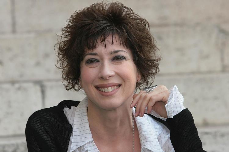 Veronica Pivetti Veronica Pivetti torna in tv riparte quotProvaci ancora Prof