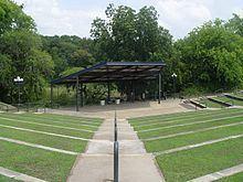 Veterans Park Amphitheater httpsuploadwikimediaorgwikipediaenthumb4