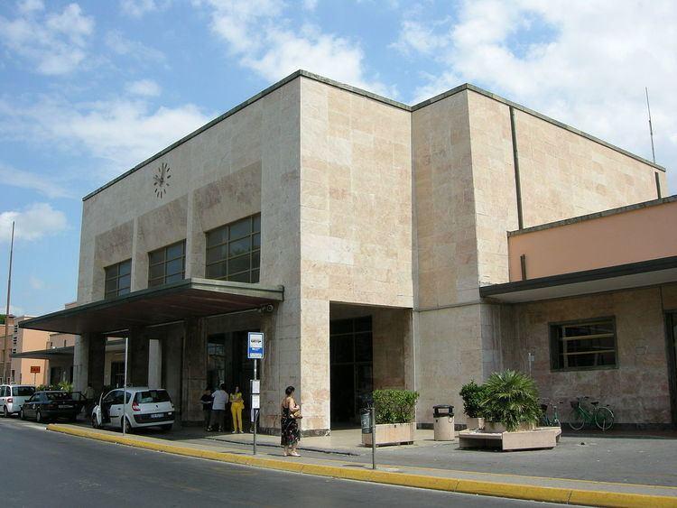 Viareggio railway station