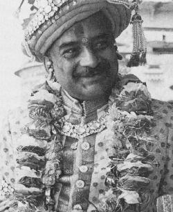 Vibhuti Narayan Singh BENARES3