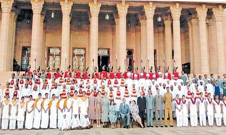 Viceroy's House (film) Echoes from an Empire Newspaper DAWNCOM