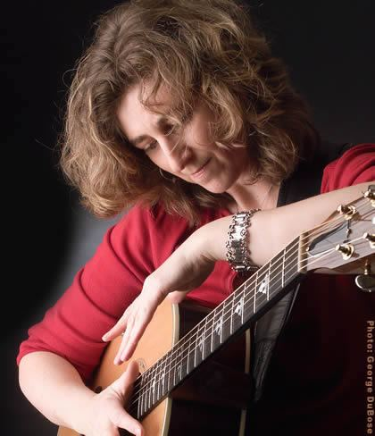 Vicki Genfan Vicki Genfan blows away the competition to win Guitar