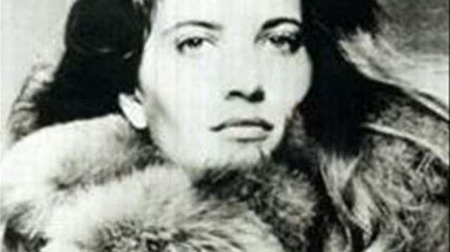 Vicki Morgan Shelved Dolls Vicki Morgan had Sex With Alfred Bloomingdale Got