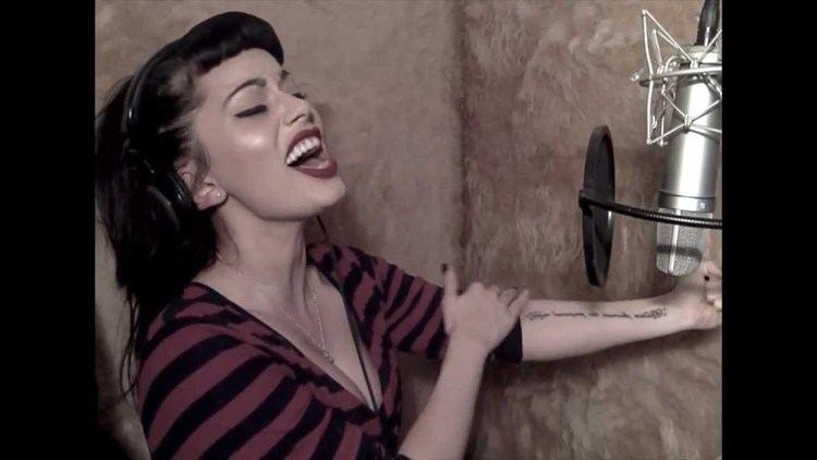 Vicky Fallon ADELE SOMEONE LIKE YOU COVER BY VICKY FALLON YouTube