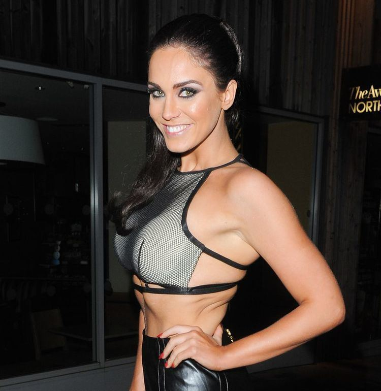 Vicky Pattison Geordie Shore star Vicky Pattison braves the freezing cold