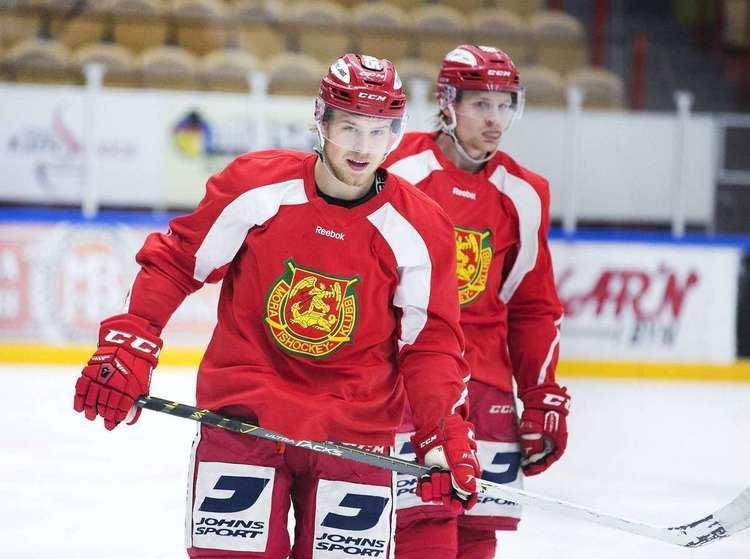 Victor Backman Victor Backman infr debuten mot Karlskoga Allt har gtt vldigt fort